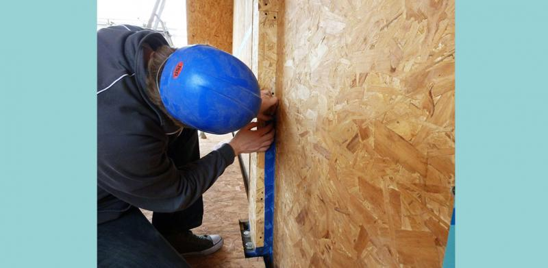 The airtightness layer is carefully sealed