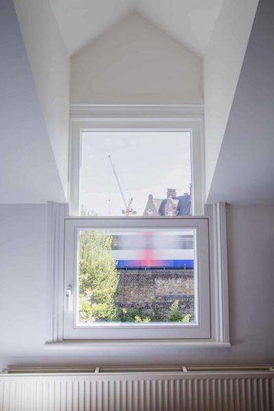 Replacement triple glazed sash window with outstanding acoustic performance