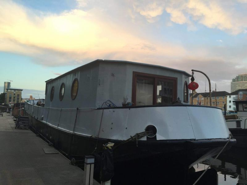 Enhabit MVHR Design & Install Team solves polluted air problem for houseboat - Image 1