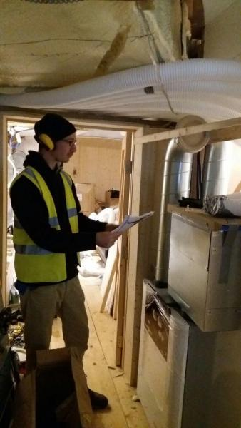 Enhabit MVHR Design & Install Team solves polluted air problem for houseboat - Image 3